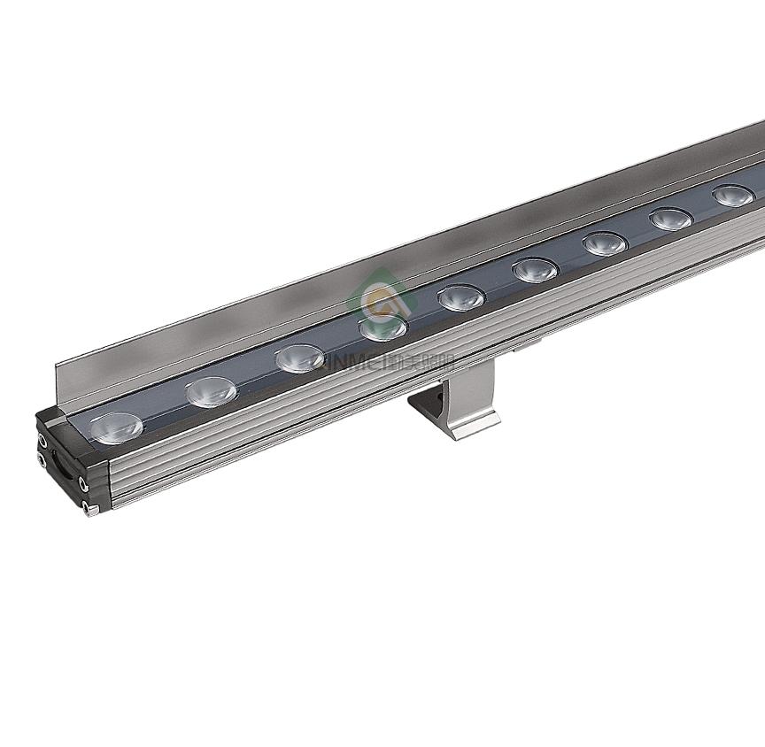 LED洗墙灯的安装过程